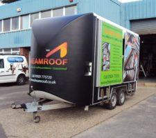 Dreamroof-exhibition-trailer (1)_ecc5093ad51e1a047b677ce35d4e1b0d