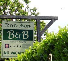 Torre Avon Hanging Sign
