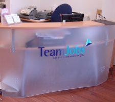 team-jobs-desk